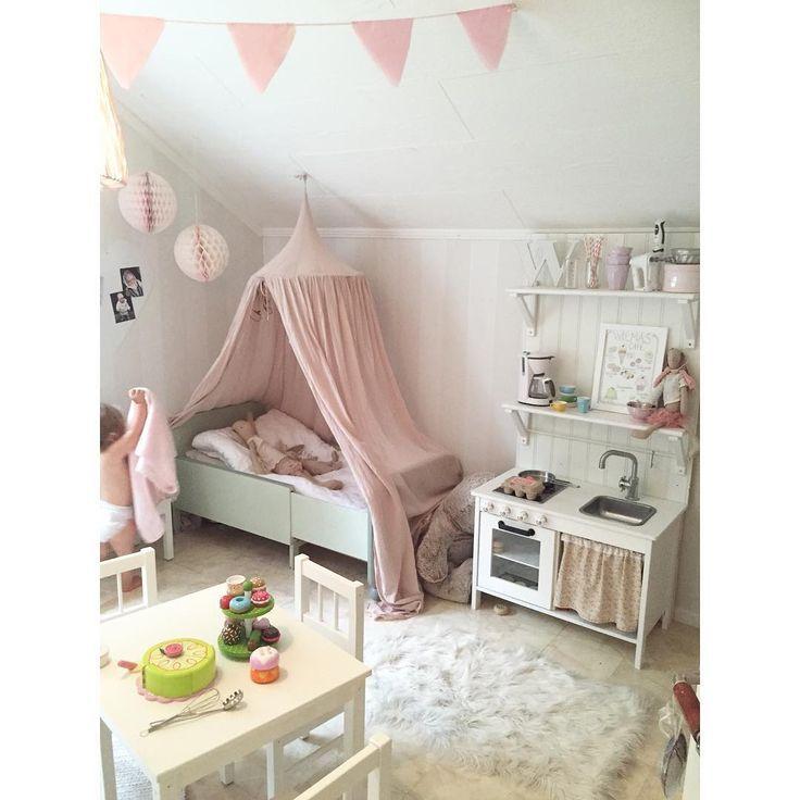 21 besten kinderzimmer bilder auf pinterest m dchen. Black Bedroom Furniture Sets. Home Design Ideas
