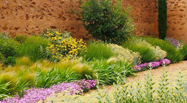 74 best images about gravel gardens on pinterest gardens for Jardin spanish