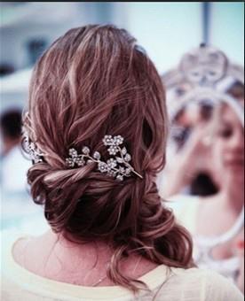 Hair | Feminine | loose Braid | Brunette