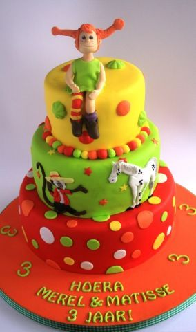 omg! I think I will make this for myself! I loved pippi as a kid!pippi cake from http://www.deleukstetaarten.nl