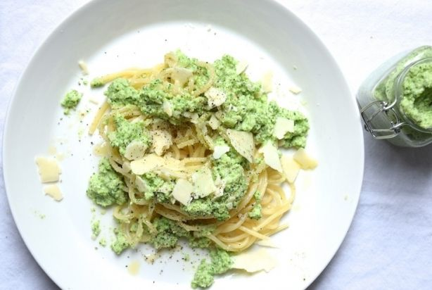 Spaghetti met broccolipesto