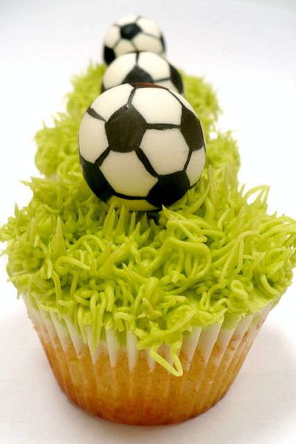 Soccer Cupcakes!