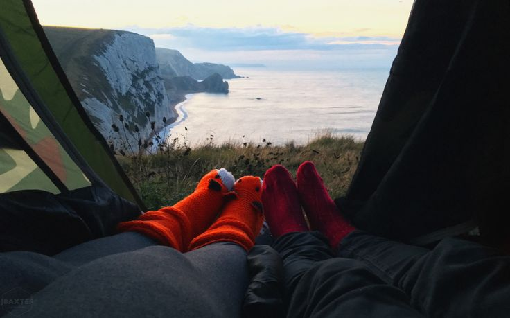 Waking up to a view of Durdle Door, UK 🇬🇧