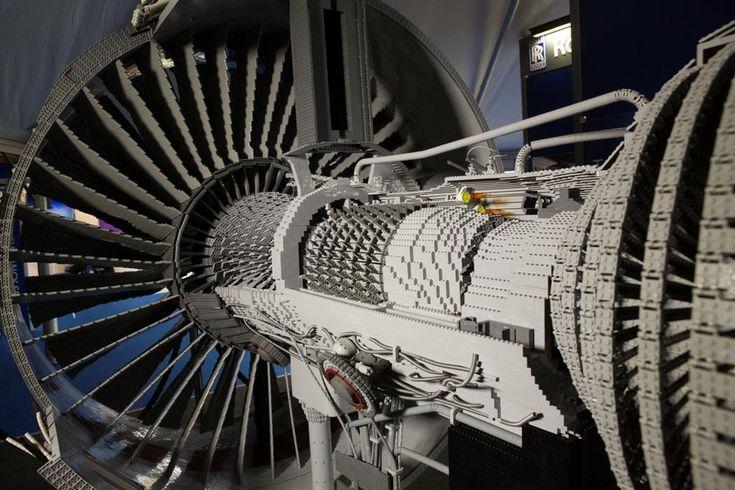 Lego Rolls Royce Trent 1000 (Boeing 787 Dreamliner engine)