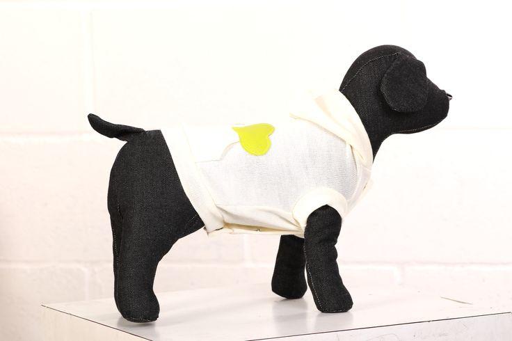http://regalidacani.it/categoria-prodotto/regali-da-cani/abbigliamento/taglia-piccola/ #cappottino #cani #Regalidacani #PrettyDog #tagliapiccola