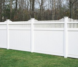 Vinyl Fences: Chesterfield With Huntington Accent