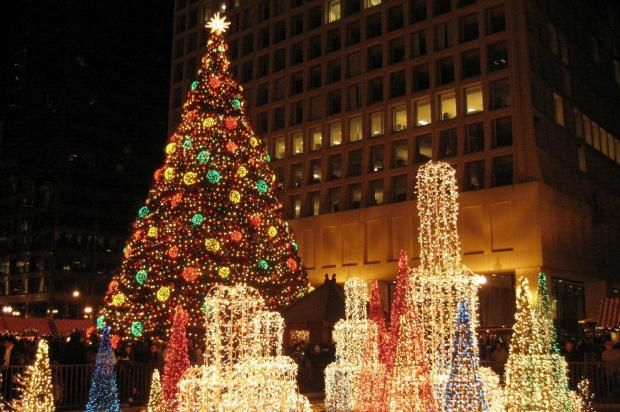 chicago christmas lights 2013 | Downtown Christmas Tree: Hunt Begins for Chicago's 100th Holiday ...