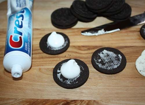 These 21 Simple Pranks Might Just Destroy Friendships