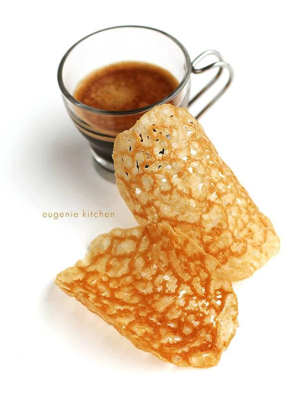 Fancy a romantic coffee break? Here goes a perfect companion for coffee: French waffer with beautiful lace, coffee tuiles. by Eugenie Kitchen