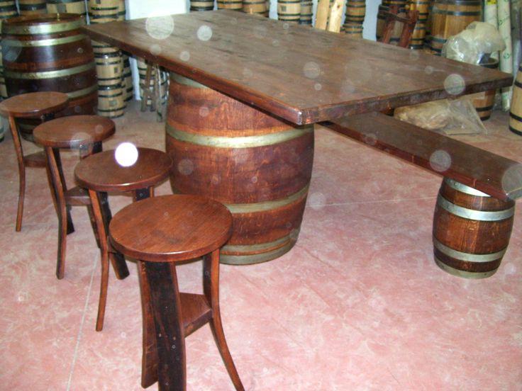 1276 - #Tavolo da #birreria e #osteria da 2 metri con #panca a corredo o #sgabelli treppiede e a #botte. Tel.0547 310171
