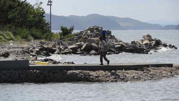"""""""温暖な気候と豊かな生態系で知られ、穏やかな海に多くの島々が浮かぶ日本の美しい場所瀬戸内の島々"""" 瀬戸内の島々を芸術祭参加アーティストたちがストリートビュー https://www.youtube.com/watch?v=8c3KU9UK4M4 (HD(右下歯車⇒画質1080p)&全画面(右下正方形)がおすすめです)"""