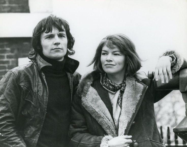 "blejz:  "" MURRAY HEAD & GLENDA JACKSON  SUNDAY BLOODY SUNDAY  John Schlesinger 1971  """