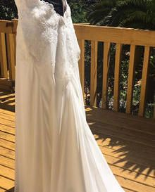 Amie Boughen created another wonderful dress using our Ivory Beaded Lace Monroe