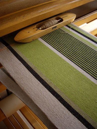 スウェーデン織のアトリエから Beautiful weaving on this Japanese blog. #SteelCityFiber