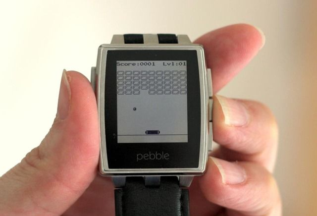 Pebble Steel Smartwatch Review And Giveaway http://ptab.it/2XmdO