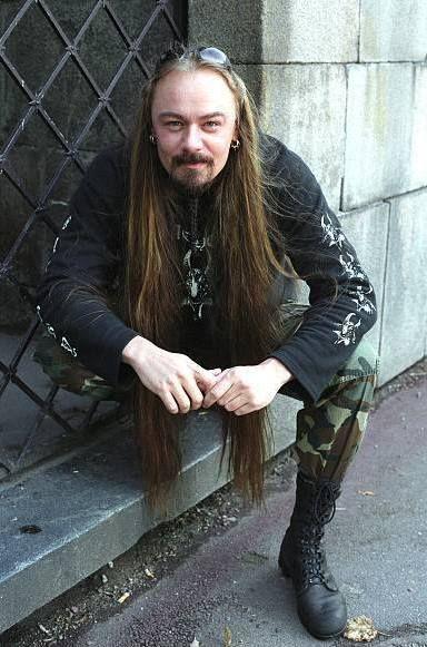 https://i.pinimg.com/736x/6b/a2/fd/6ba2fd231bcf501f18fad835cc50036c--portrait-tattoos-black-metal.jpg