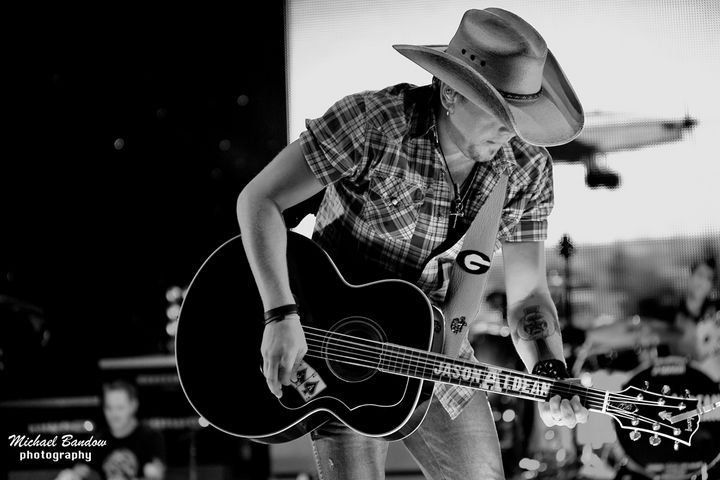 Jason is my favorite country artist.  I love the twang in his voice. I hope to see him in concert, soon.