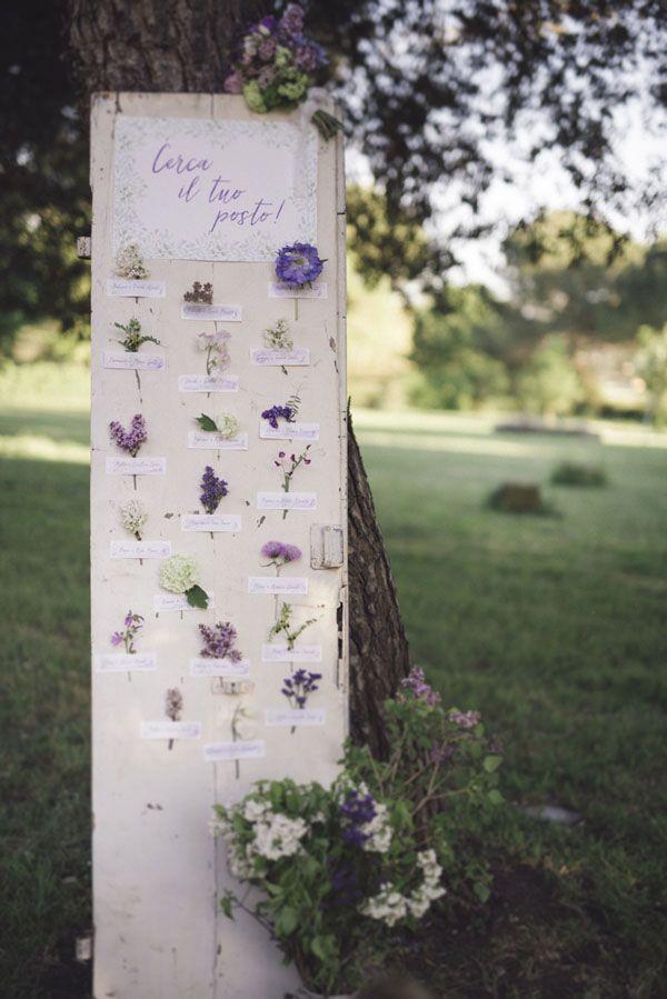 tableau de mariage con fiori viola #purplewedding #ultraviolet