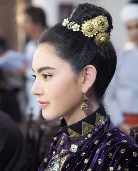 Classic gold, Thai traditional clothes and accessories