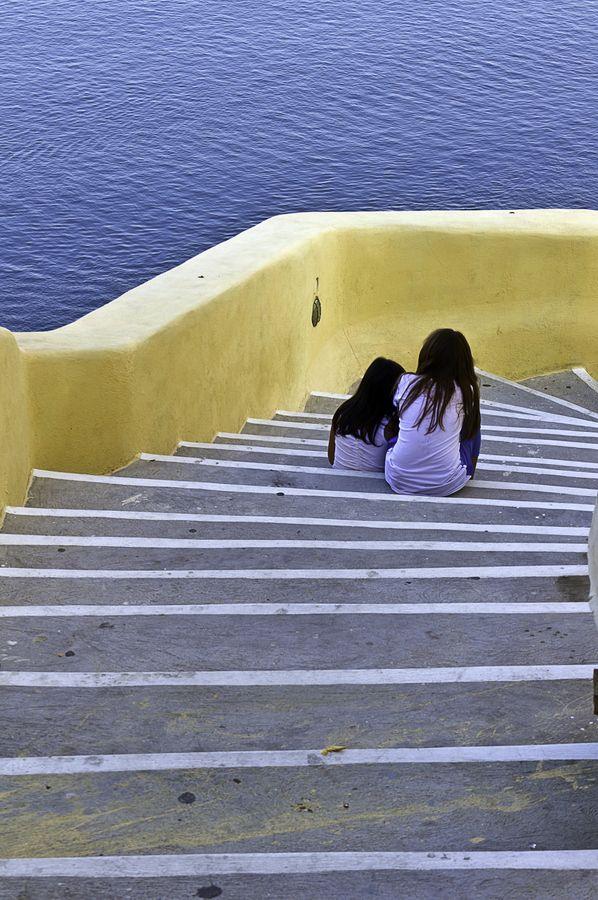 Secret Talk, Oia, Santorini