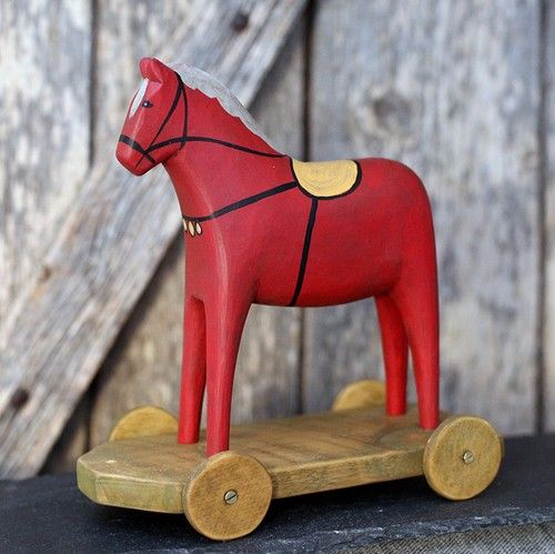A Jamtlandaren Horse is a genuine craft product, often made of spruce, designed, carved and painted by Johnne and Marianne Bågling.  Each horse is unique and has it´s own character and personality