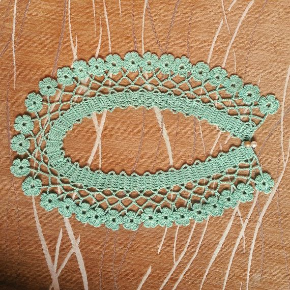 Hey, I found this really awesome Etsy listing at https://www.etsy.com/listing/281300430/crochet-collar-necklace-floral-edges