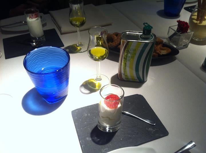 Let's start tasting intense fruity Oil #extravirginoliveoil #frantoiomuraglia #italy #taste