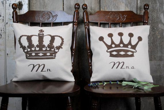 Jen's note :  crown theme bedroom / master bath.  https://www.etsy.com/listing/179129273/a-traditional-classic-set-mr-and-mrs