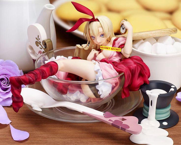 Creator´s Collection PVC Statue 1/7 Epicurious Alice 14 cm