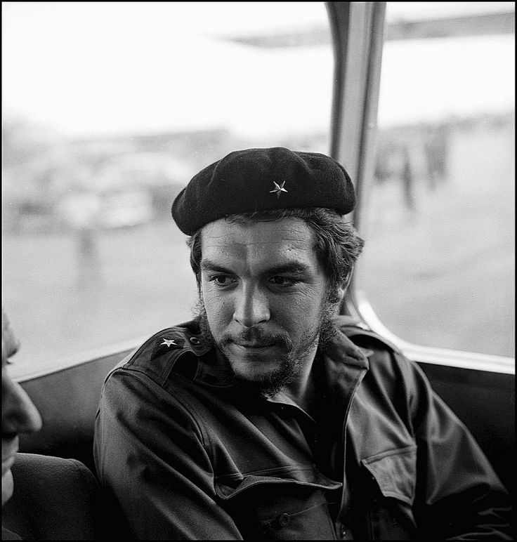 account of the life of ernesto guevara Ernesto che guevara, the argentine marxist and guerrilla fighter whose famous portrait by alberto korda still adorns everything from t-shirts and baseball caps to hagiographic murals, mad.