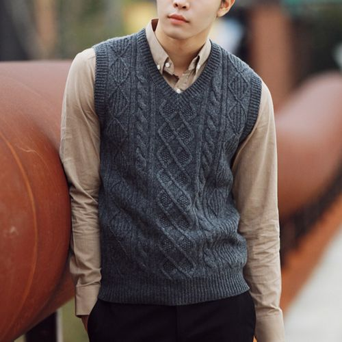 77 best mens knitted vest images on Pinterest | Knit vest ...