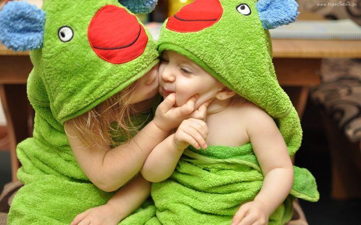 Dwoje, Dzieci, Zielone, Ręczniki, Buziak