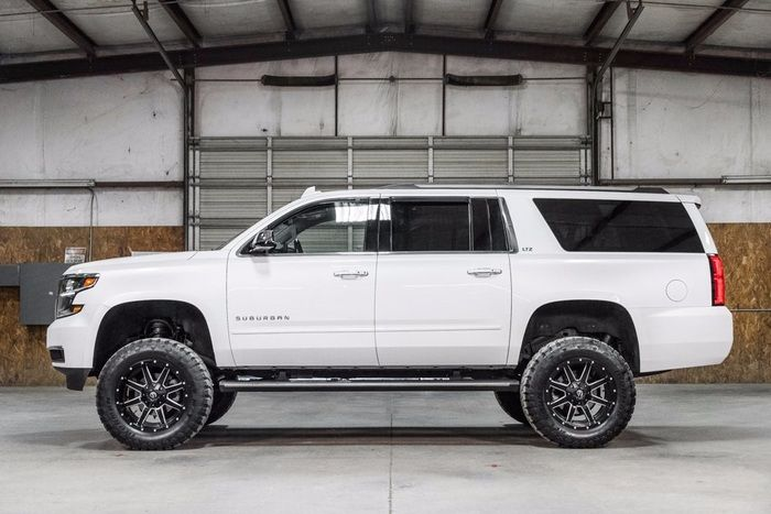 Lifted 2016 Chevrolet Suburban 4x4 LTZ $62,877