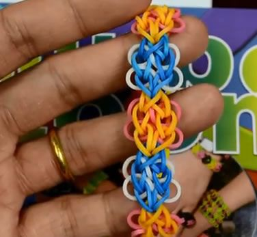 how to make a rubber band butterfly
