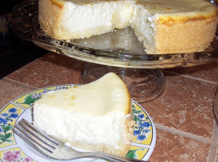 Cheesecake In A BlenderHomemade Cheesecake, Food Cheesecake, Blenders Recipe, Cream Cheese, Pinch Recipe, Cheesecake Yummmm, Cheesecake Recipe, Graham Crackers, Yummy Stuff
