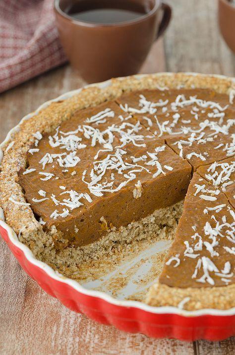 pumpkin pie ( тыквенный пирог, тесто : хлопья и банан, начинка: тыква, йогурт, агар)