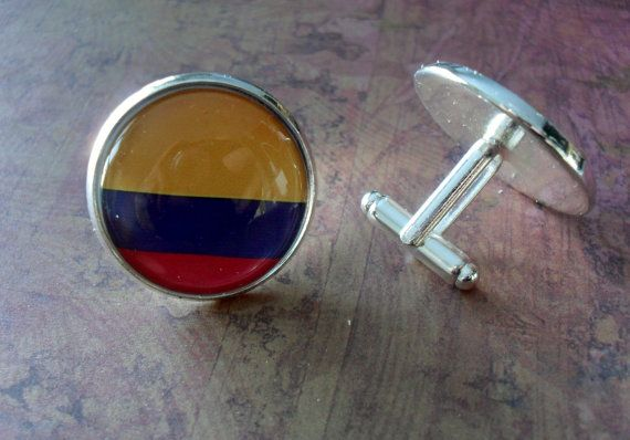 COLOMBIAN FLAG silver cufflinks // flag of Colombia // Father's Day // Groomsmen Gift // Wedding //Patriotic