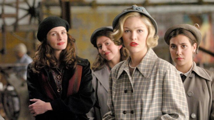 33 Feminist Films Every Girl Should See In Her Lifetime Mona Lisa Smile (2003)