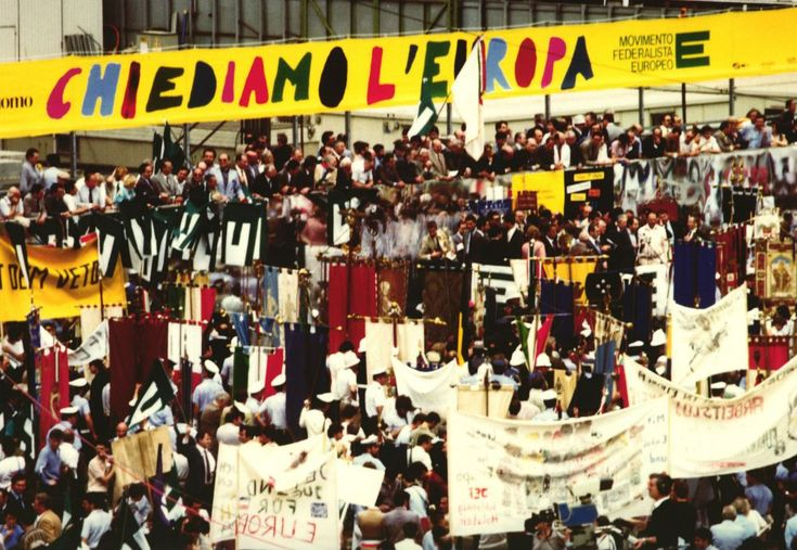 """Chiediamo l'Europa"" - Pro-European Demonstrations in Milan, 1985"
