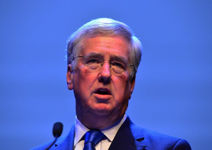 UK's Defence Secretary Michael Fallon has refused to deny that Britains nuclear submarines use the outdated Windows XP OS - the extended support for Windows XP ended on April 8 2014