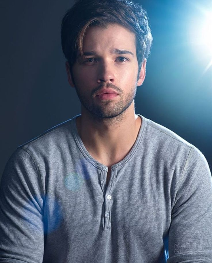 1006 best nathan kress images on pinterest nathan kress. Black Bedroom Furniture Sets. Home Design Ideas