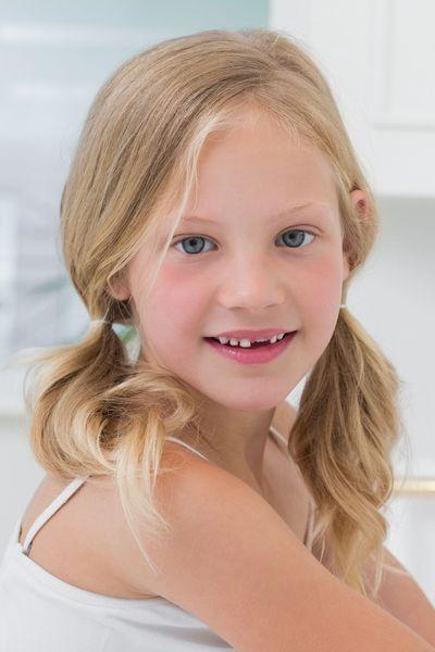 Idée coiffure jeune fille, les indispensables couettes