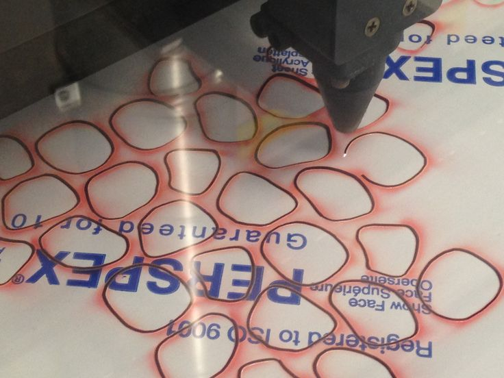 Laser cutting Perspex | Own image