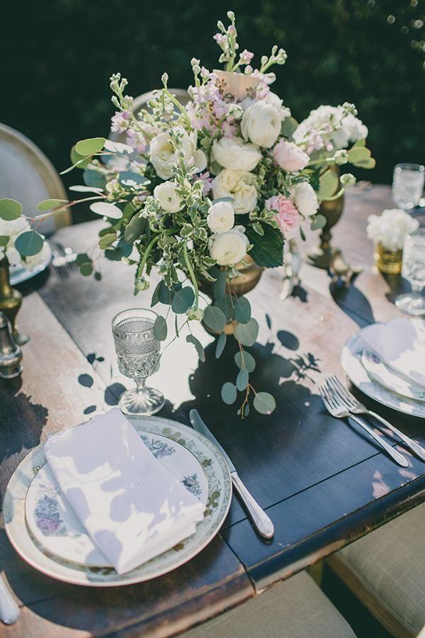 pastel china + floral tablescape | sarah stephens photography | via junebug weddings