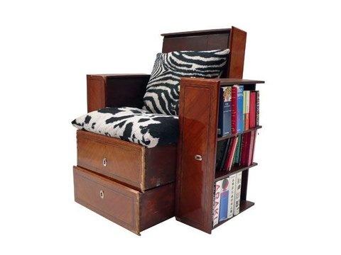 Un fauteuil à tiroirs