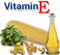Витамин Е содержат:   нерафинированные масла (подсолнечное, оливковое, арахисовое, облепиховое, кукурузное и др.);  белокочанная капуста;  помидоры;  листья салата,  различные виды бобовых;  шпинат;  шиповник;  зелень петрушки;  мясо;  яйца;  печень;  молоко и молочные продукты.