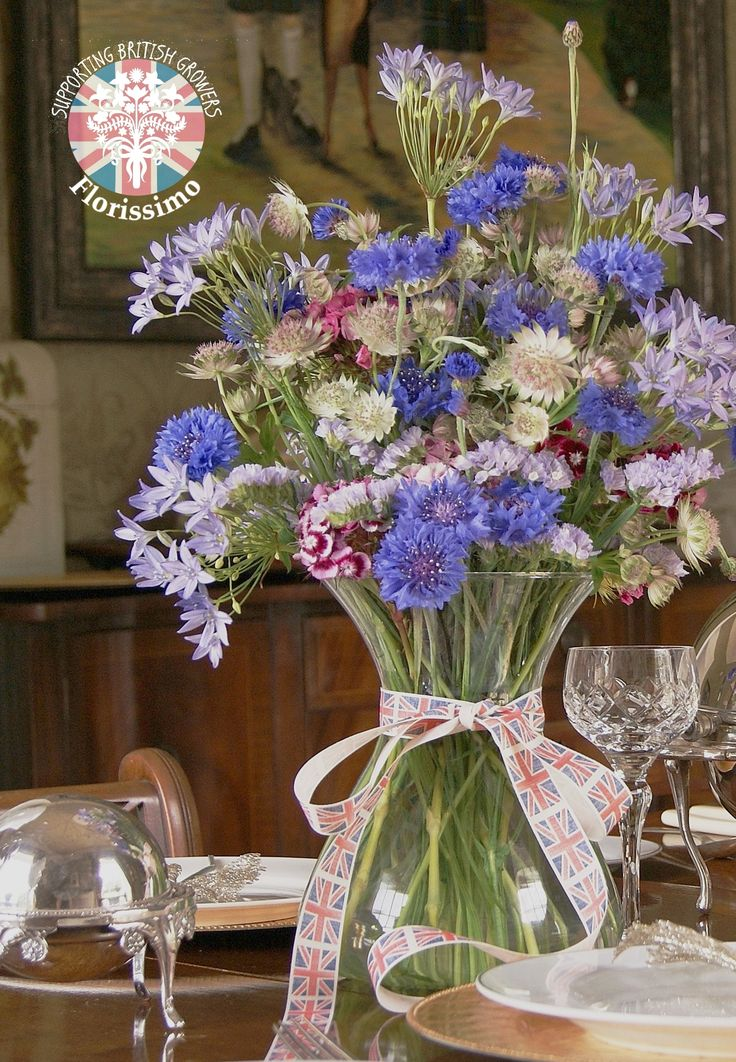 Brodiaea, cornflower, astrantia and sweet william | Florissimo, Shropshire - Beautiful flowers for weddings, events and businesses. British-grown brodiaea, cornflower, astrantia and sweet William available during the summer months