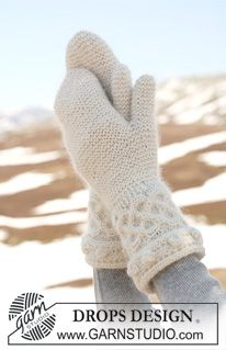 """DROPS 115-32 - DROPS Basque hat and shoulder wrap with cables knitted from side to side in """"Alpaca"""" and """"Kid-Silk"""". - Free pattern by DROPS Design"""