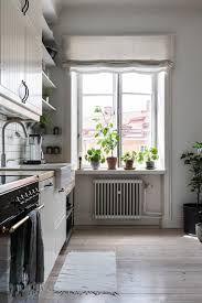 design of open kitchen. The 25  best Open kitchen restaurant ideas on Pinterest Restaurant design and Four
