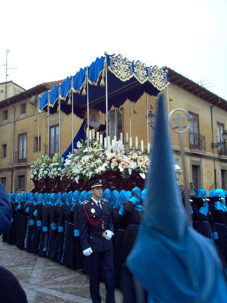 Virgen de la Pasión León Bienaventuranzas - Semana Santa en León - Wikipedia, la enciclopedia libre